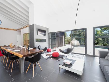 A vendre maison VILLEVIEILLE  990 000  €
