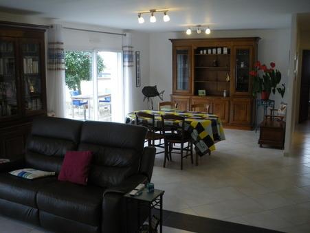 maison  351750 €