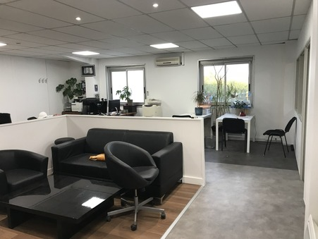 location professionnel NEUILLY PLAISANCE 106m2 0€