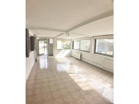 A louer appartement PLAN DE CUQUES 55 m²  800  €