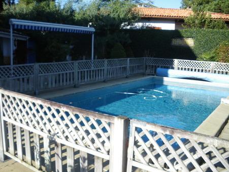 maison  598500 €