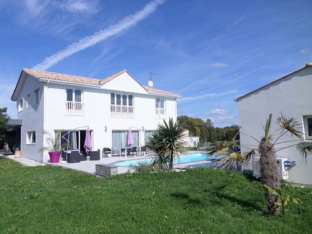 Acheter maison SAINTES  449 350  €