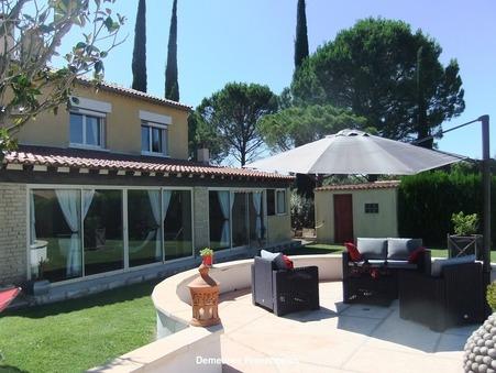 Vends maison CARPENTRAS 250 m²  577 500  €
