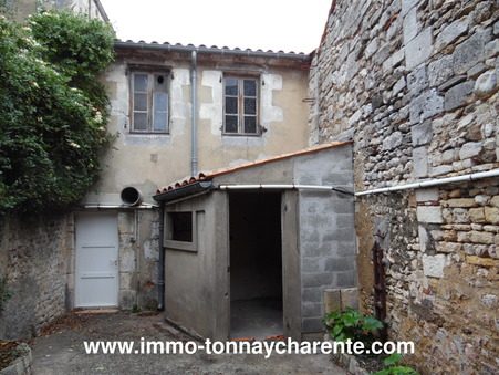 Vente maison Rochefort  142 800  €