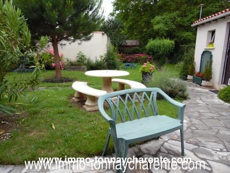 A vendre maison TONNAY CHARENTE  220 200  €
