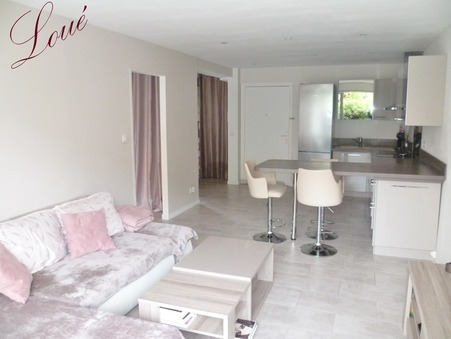 Loue appartement HYERES 46.56 m²  750  €