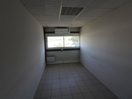 location Locaux - Bureaux LORMONT 15m2 160€