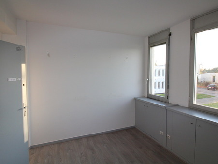 location Locaux - Bureaux PESSAC 25m2 230€