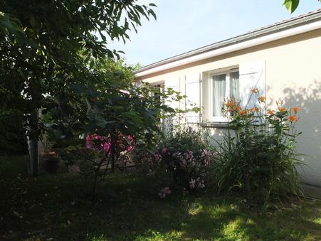 Vente maison RIOM 128 m²  248 000 €