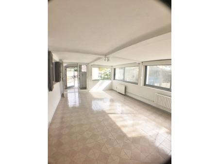 location appartement PLAN DE CUQUES 750 €