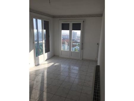 appartement  69500 €