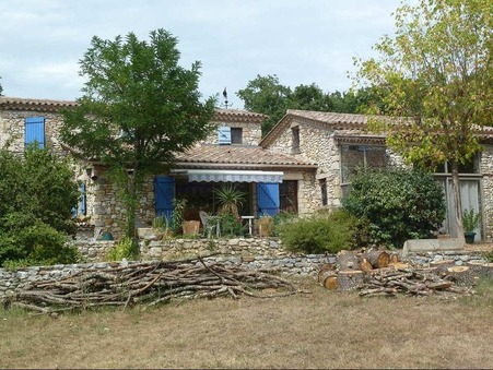 A vendre maison BARJAC  340 000  €