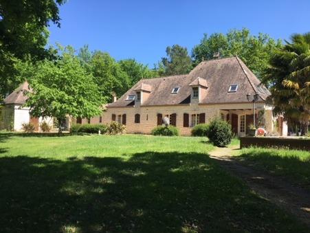 vente maison Villereal  450 000  € 230 m�