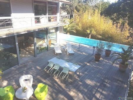 Vends maison Castries  721 000  €