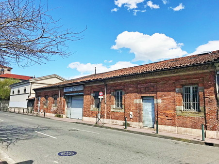 location local TOULOUSE 3 500  € 425 m²