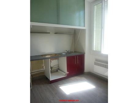 Louer appartement TOULON  575  €
