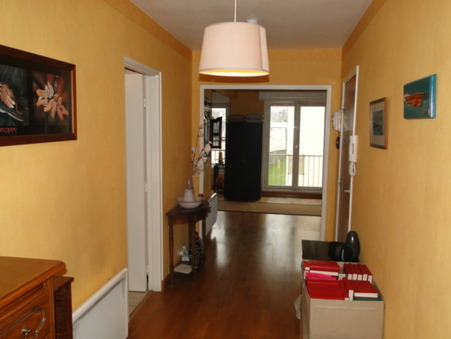 appartement  137600 €