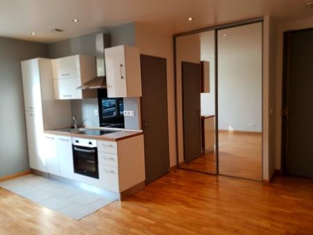 appartement  699 €