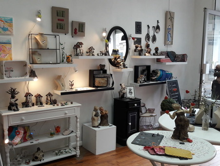 location local LIMOGES 211 €