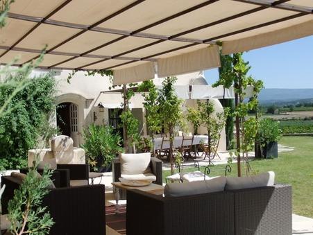 vente maison Pernes les fontaines 300m2 1980000€