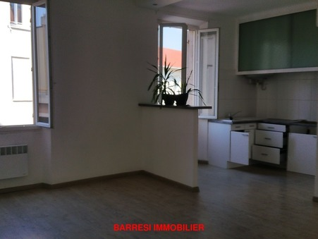 Loue appartement TOULON 63 m²  706  €