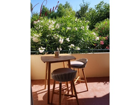 Loue appartement TOULON  580  €