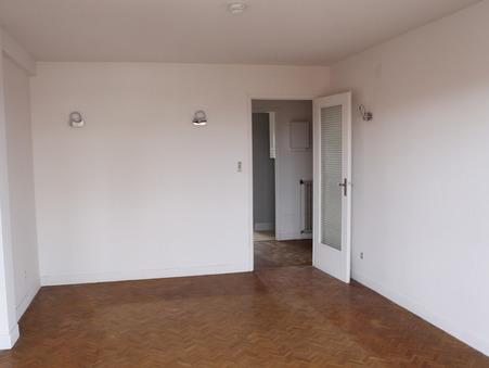 appartement  772 €