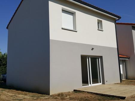 maison  890 €