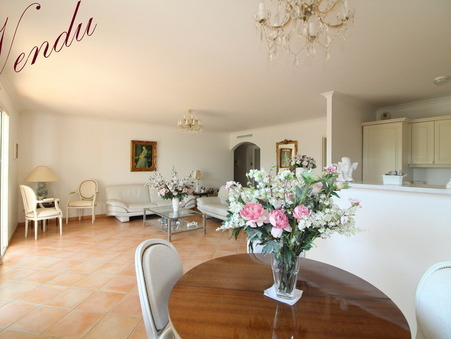 Vente appartement HYERES 96.16 m²  352 000  €