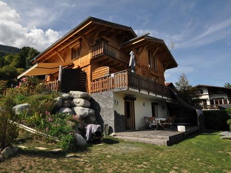 maison  640000 €