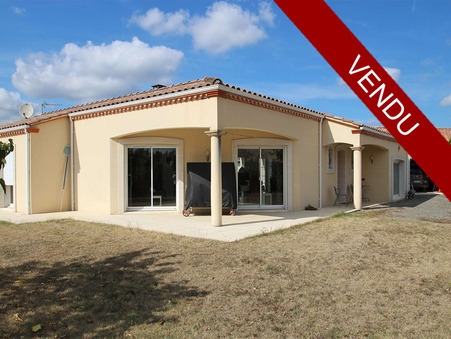A vendre maison LAGRAVE  295 000  €