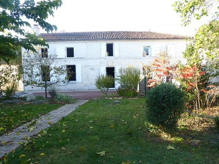 location maison SAINTES  725  € 134 m�