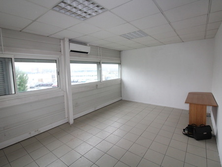 location Locaux - Bureaux LORMONT 22m2 240€