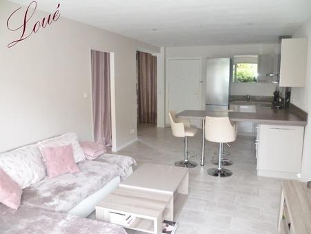 Louer appartement HYERES 46.56 m²  750  €