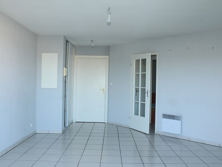 location appartement CASTELGINEST 525 €