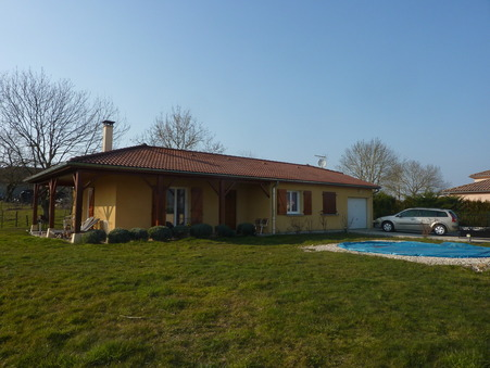 maison  758 €
