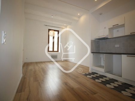 location appartement MARSEILLE 1ER ARRONDISSEMENT 890 €