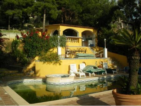 A vendre maison Bormes Les Mimosas 1 155 000  €