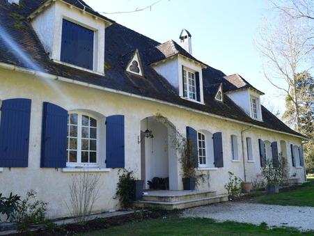 Achète maison LAUZUN  561 750  €