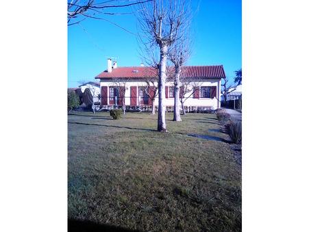 Vends maison REVEL  190 000  €