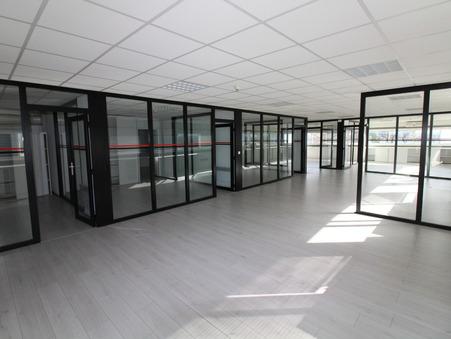 location Locaux - Bureaux LORMONT 280m2 3060€