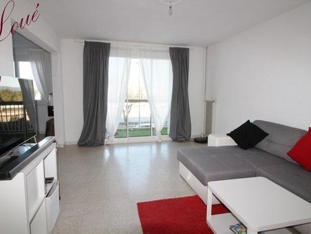 A louer appartement HYERES 75.61 m²  920  €