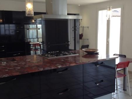 maison  624000 €