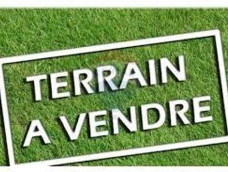 Vends terrain MAILLANE  153 000  €