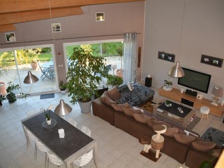 Vente maison Saint-Sulpice-de-Royan  520 000  €