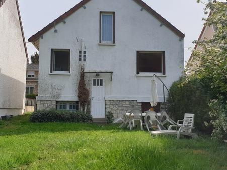 maison  329800 €