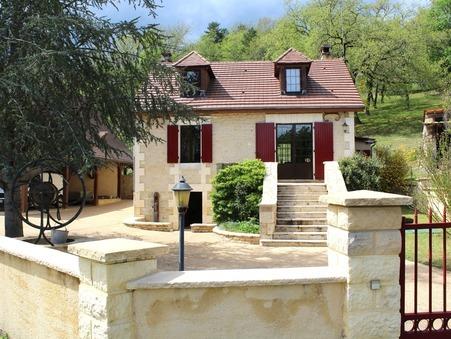 A vendre maison CENAC ET ST JULIEN  199 800  €