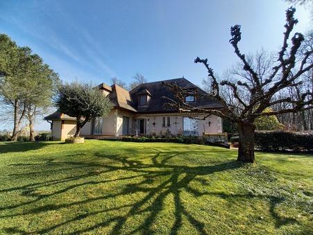vente maison CASTILLONNES  349 800  € 230 m²