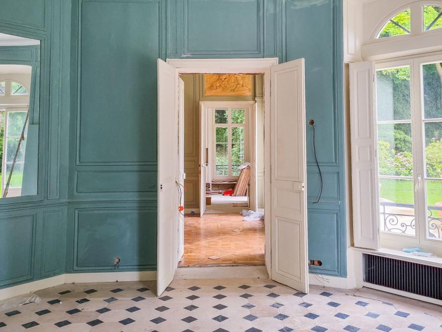 Chateau VIRY CHATILLON  763 200  �