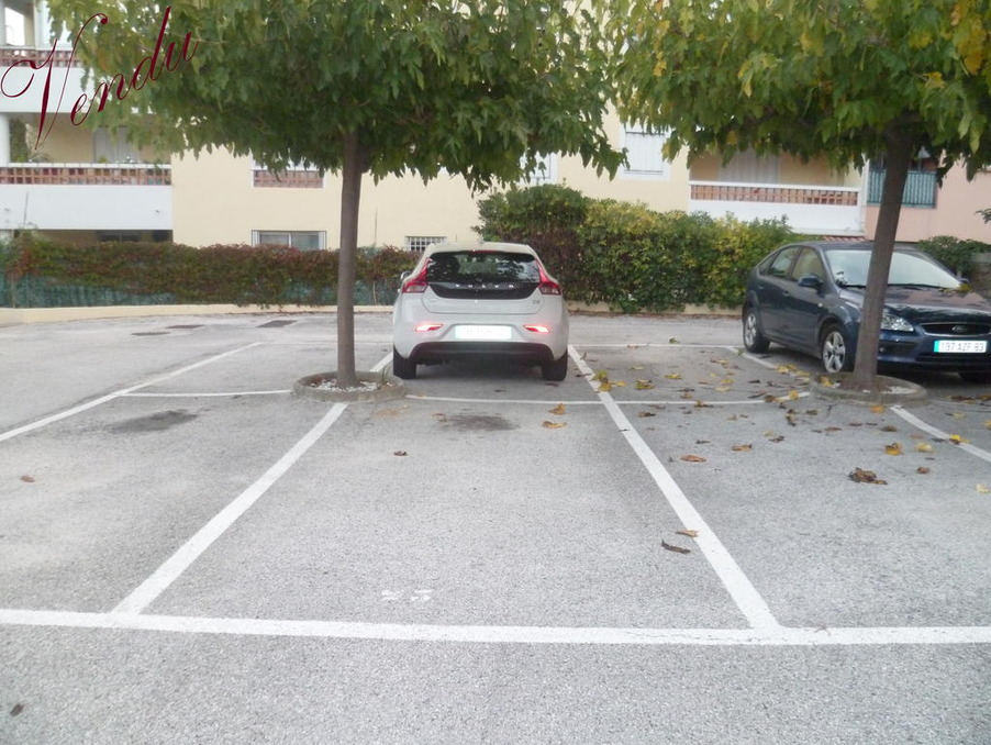 Parking Hyeres 7 500  �